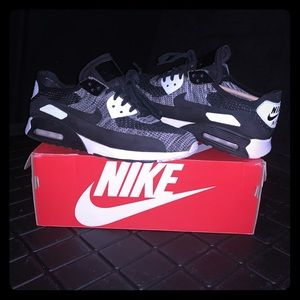 Nike Men's Air Max 90s 9.5